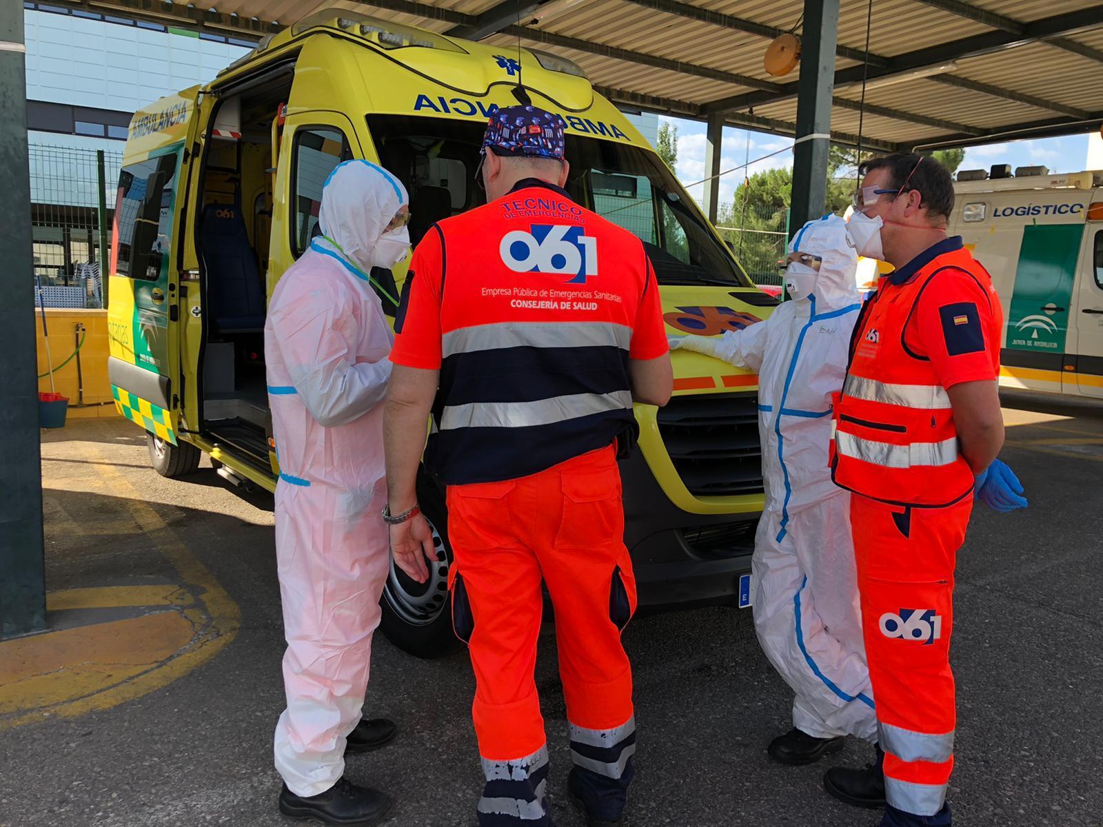 Екип за линейки при симулация на инсулт в Круз Роха Кордоба