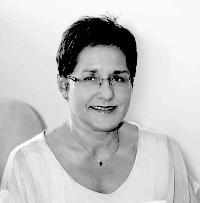 Zuzana Gdovinová, Slovensko
